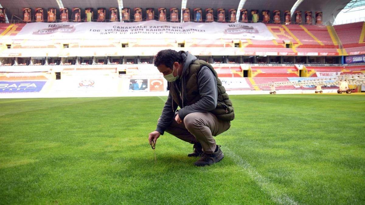 Galatasaray maçı öncesi Kadir Has Stadı zemininde son durum