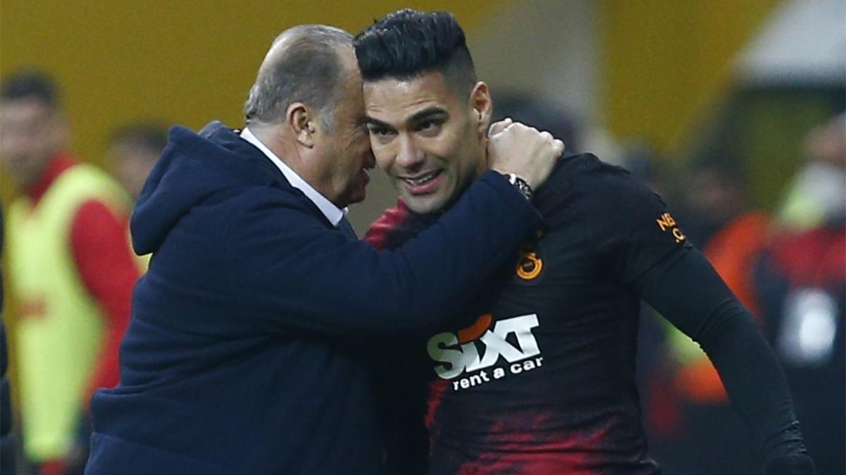 Fatih Terim: Galatasaray duramaz, durursa düşer!