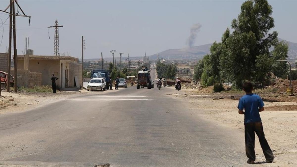 Pusuya düşürüldüler... Suriye'nin güneyindeki Dera'da 21 rejim askeri öldürüldü