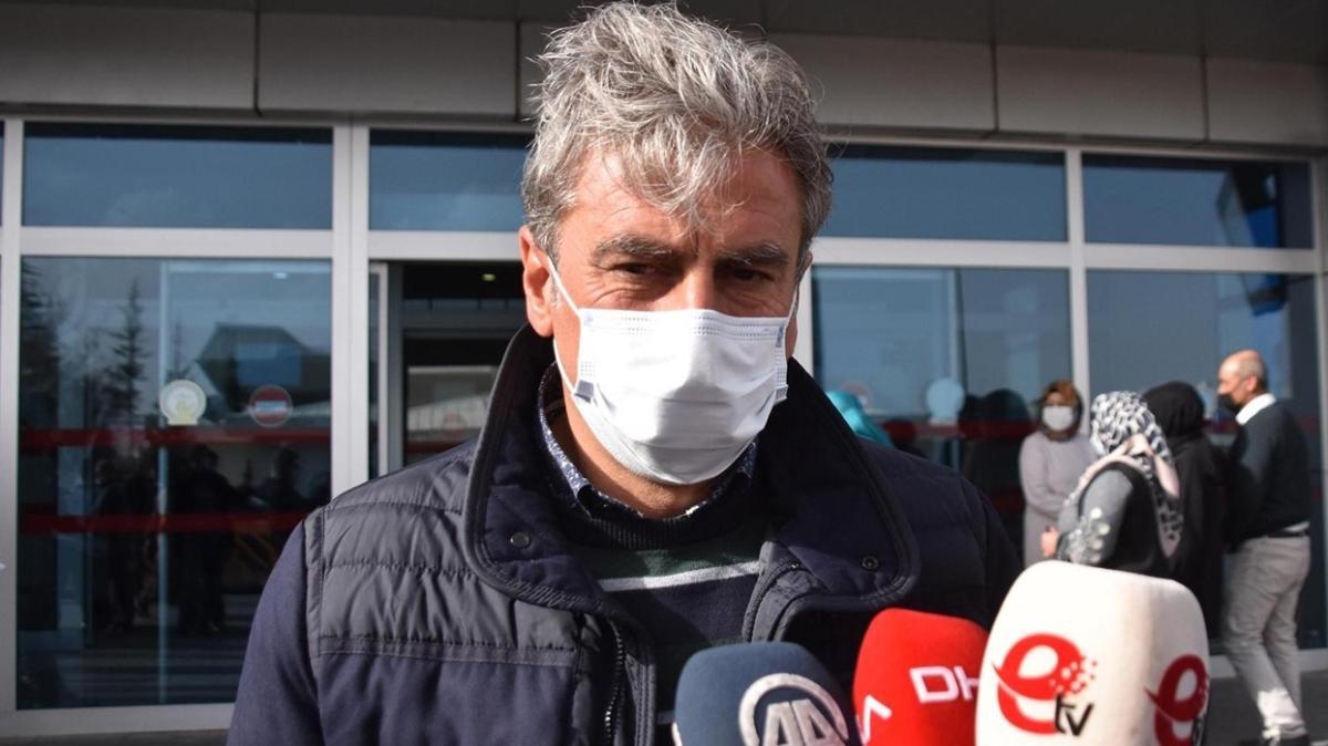 Hamza Hamzaoğlu, Kayserispor'la sözleşme imzalamak üzere şehre geldi