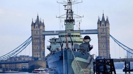 İngiliz medyası: Karadeniz'e iki savaş gemisi gidecek