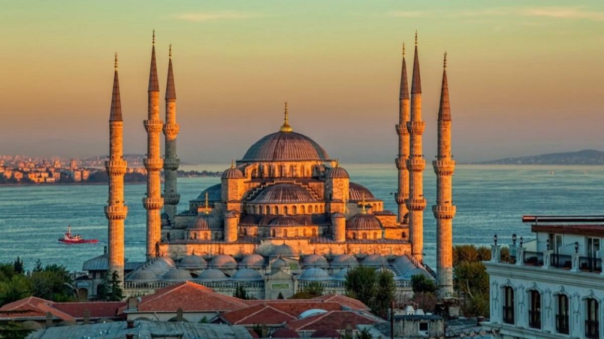"""Bugün sahur saat kaçta"""" İstanbul iftar, imsak, sahur vakti 2021 saati!"""
