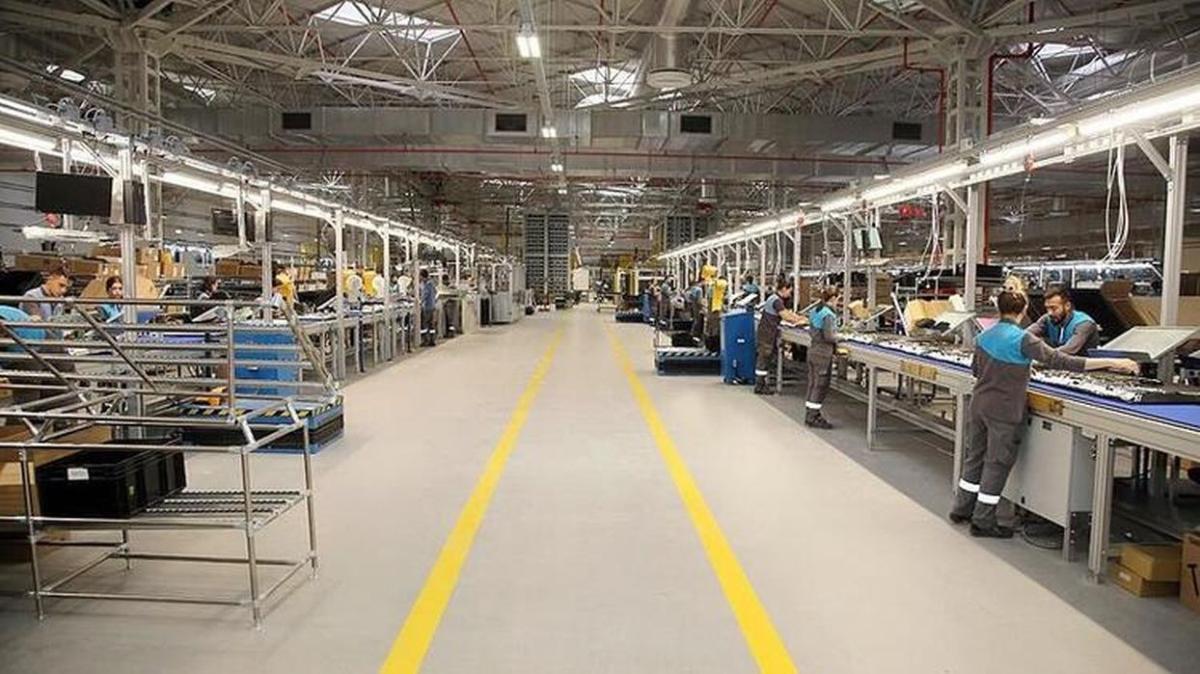 """Sanayi, fabrikalar için tam kapanma var mı"""" Tam kapanma tekstil dahil mi"""""""
