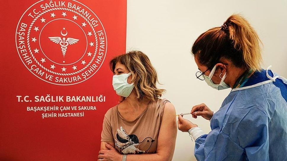 İstanbul'da aşılama yapılan  doz sayısı 4 milyona yaklaştı