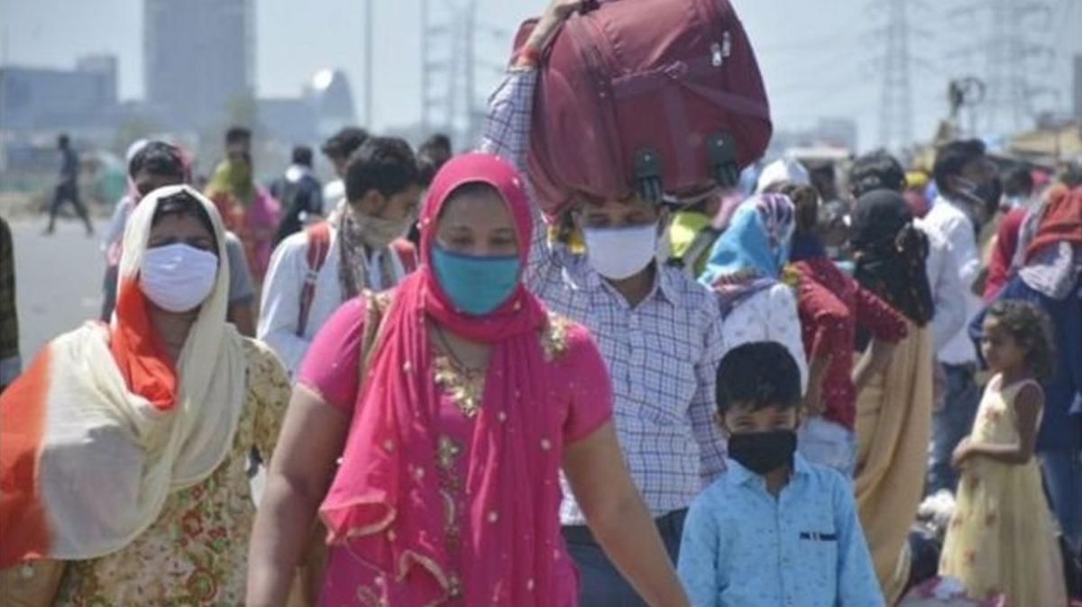 Hindistan'da korkutan bilanço: Vaka sayısı 20 milyonu aştı