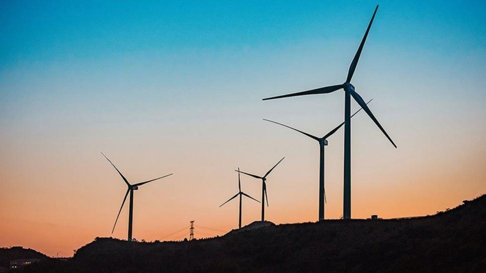 Bakan Dönmez: 'Yenilenebilir enerjide yüzde 52'ye ulaştık'