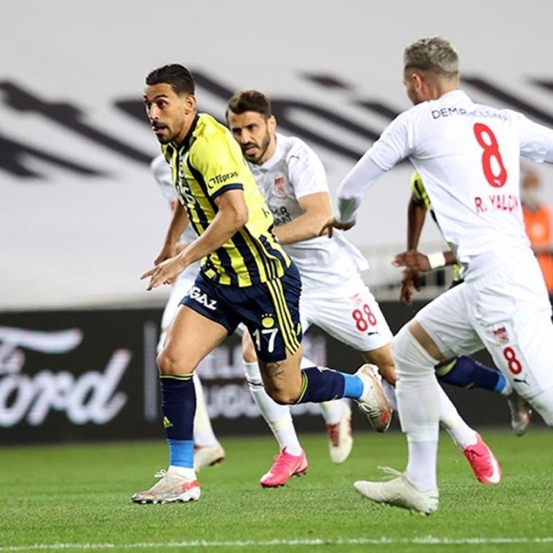 Fenerbahçe'ye İrfan Can'dan kötü haber geldi
