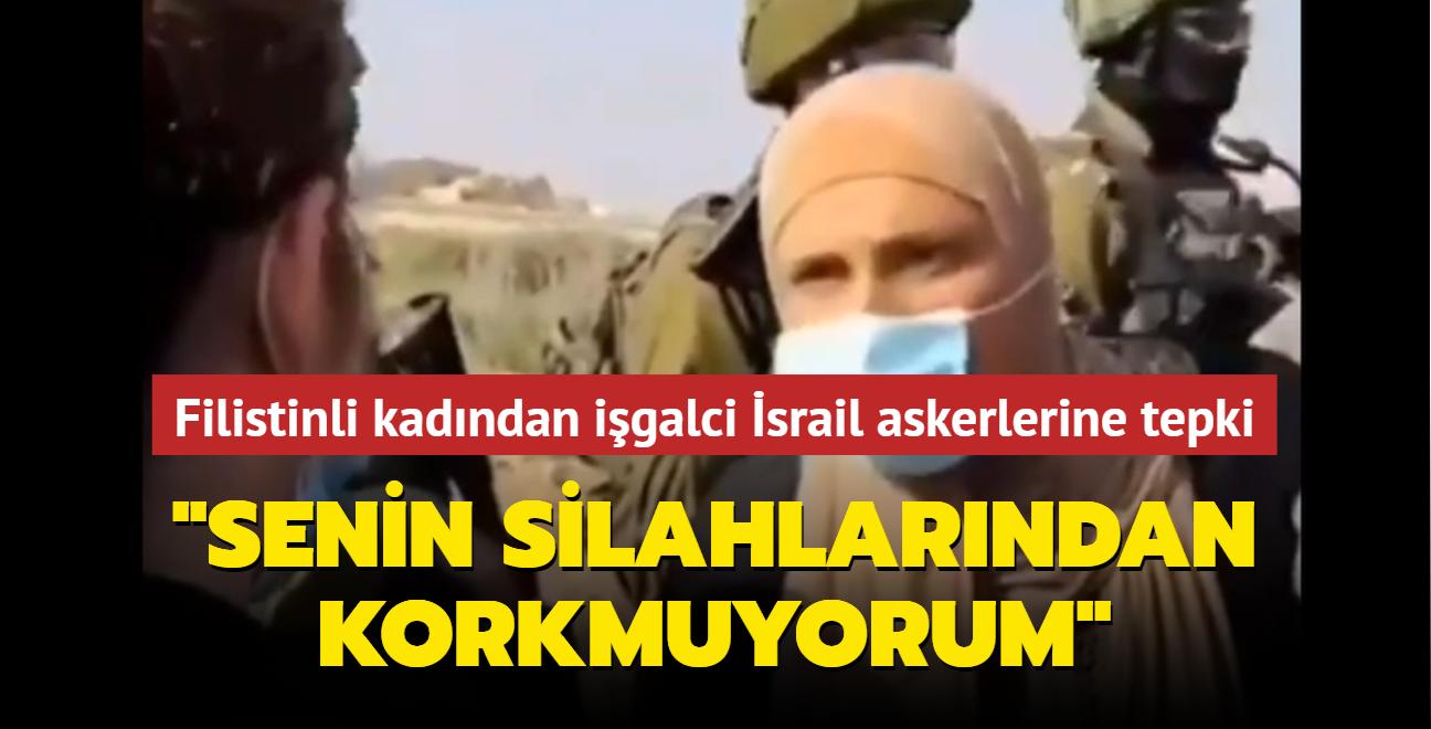 """Filistinli kadından işgalci İsrail askerlerine tepki: """"Senin silahlarından korkmuyorum"""""""