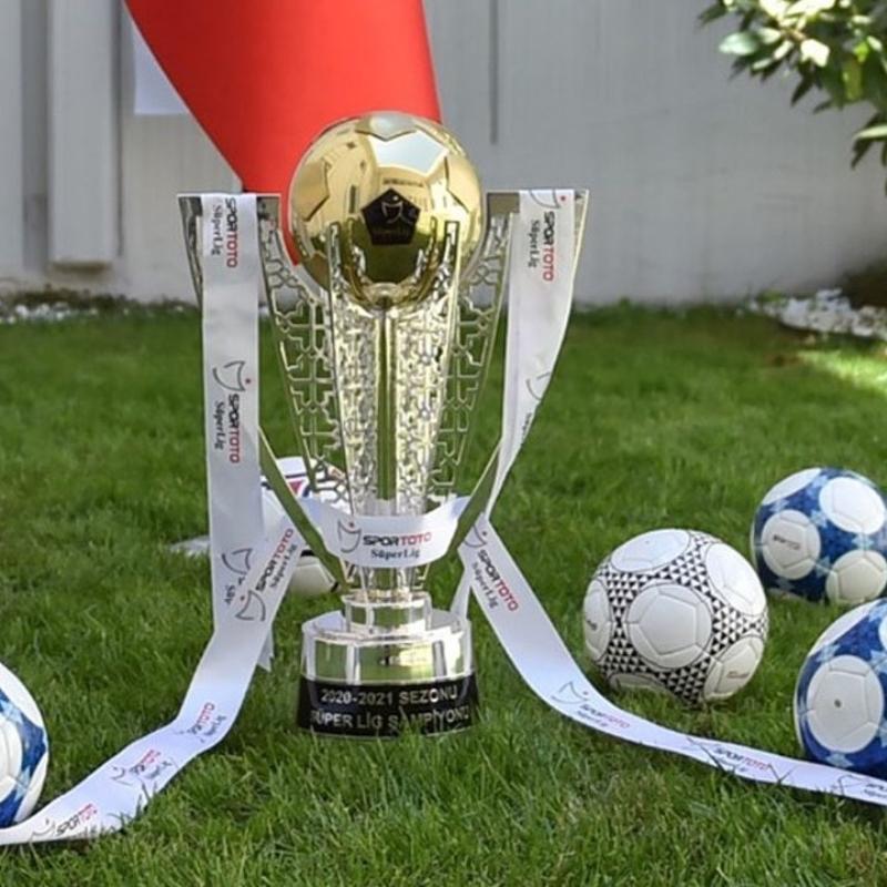 Süper Lig ve 1. Lig kupaları hazır