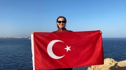 Şahika Ercümen Türkiye rekoru kırdı