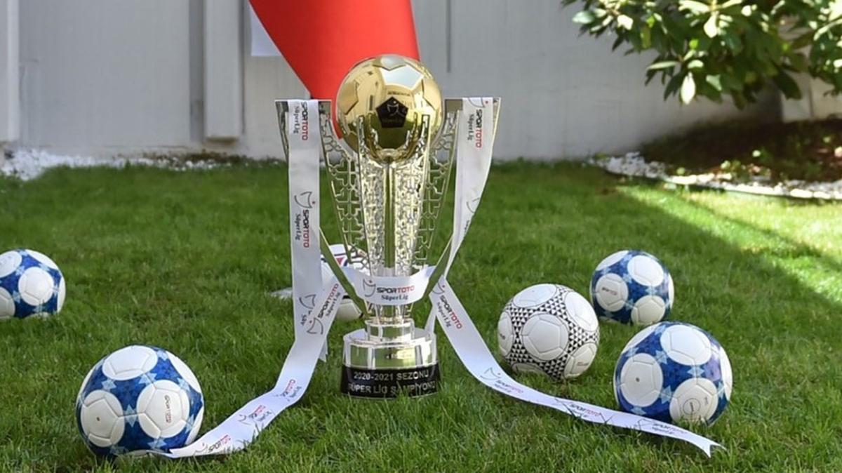 Süper Lig ve TFF 1. Lig'in şampiyonluk kupaları hazır