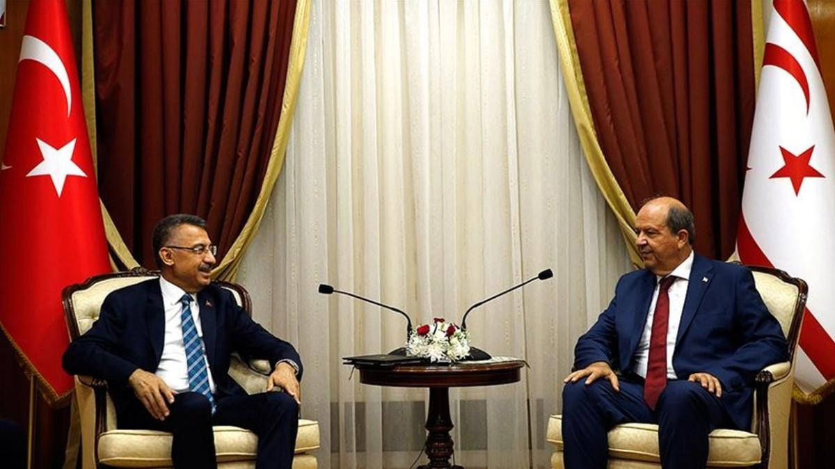 Cumhurbaşkanı Yardımcısı Oktay'dan Ersin Tatar'a taziye ziyareti