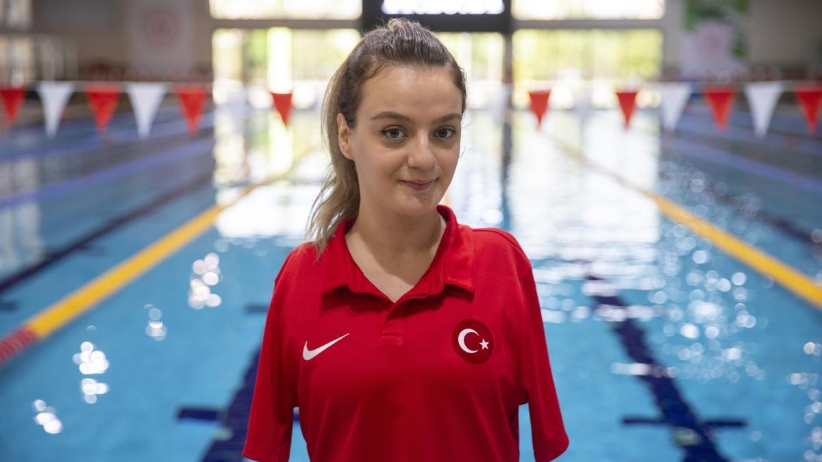 Sümeyye Boyacı, Paralimpik Yüzme Avrupa Şampiyonası'nda bronza madalya kazandı