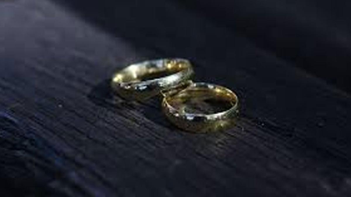 Temizlik hastası eşine boşanma davası açtı