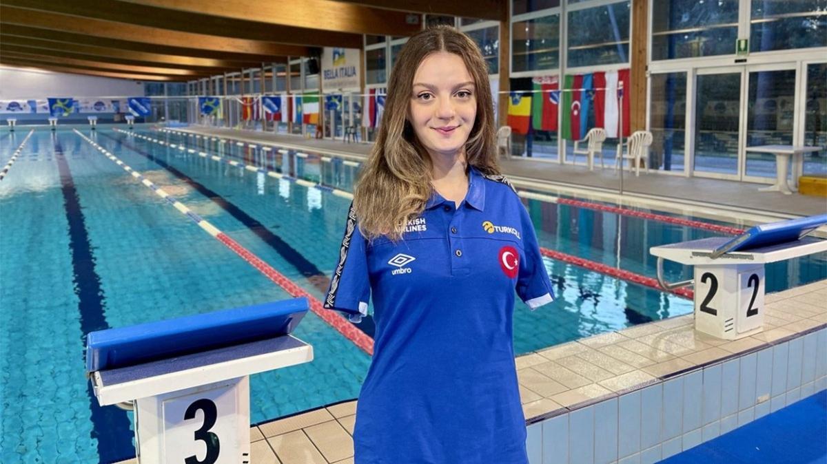 Avrupa Paralimpik Yüzme Şampiyonası'nda Sümeyye Boyacı gümüş; Sevilay Öztürk bronz madalya kazandı