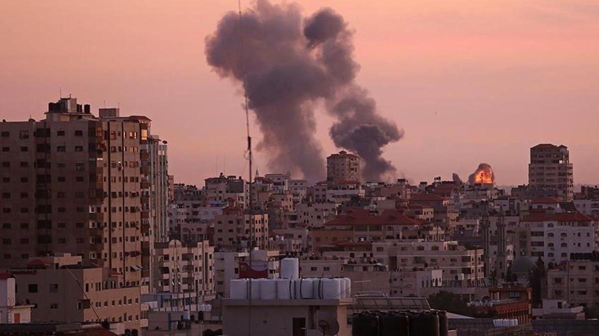 İşgalci İsrail'in saldırılarında şehit sayısı 248'e yükseldi