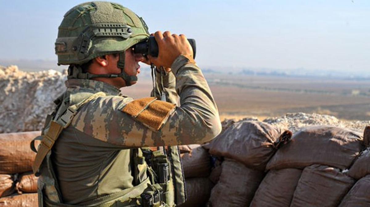 Suriye'ye yasa dışı yollarla geçmeye çalışan 2 kişi yakalandı