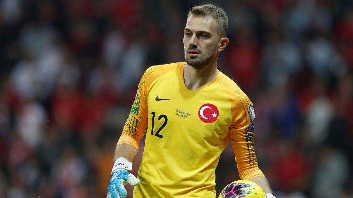 Beşiktaş Ersin'in yerine Mert Günok'u getiriyor