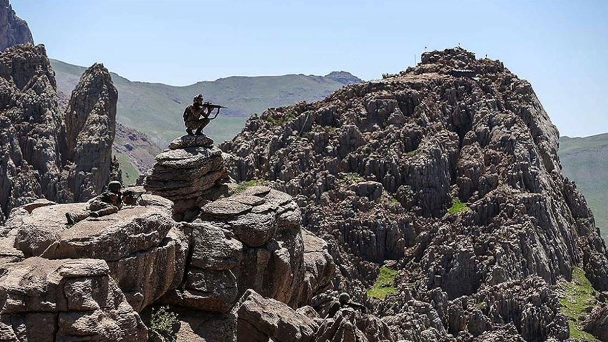 Türkiye'ye geçmeye çalışan PKK/YPG'li terörist yakalandı