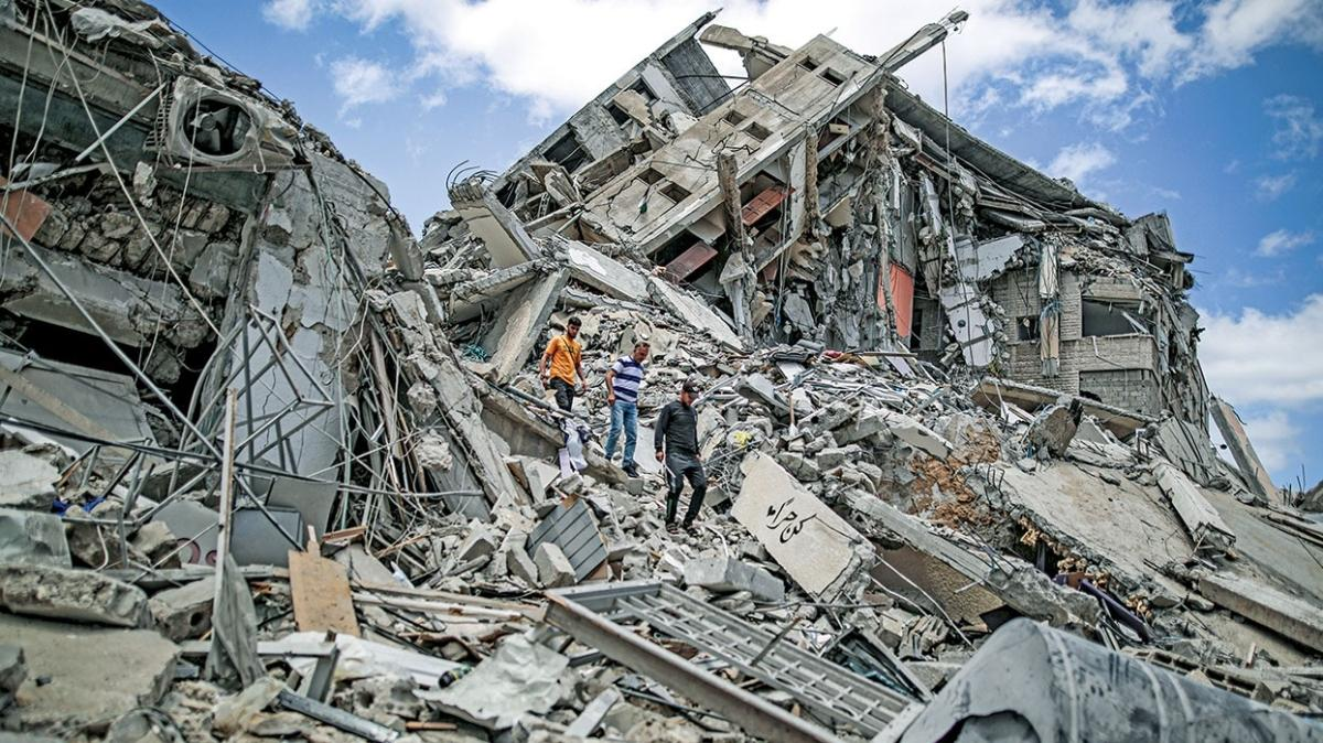 Sokaklarda yaşıyorlar! Gazze'de binlerce Filistinli evsiz