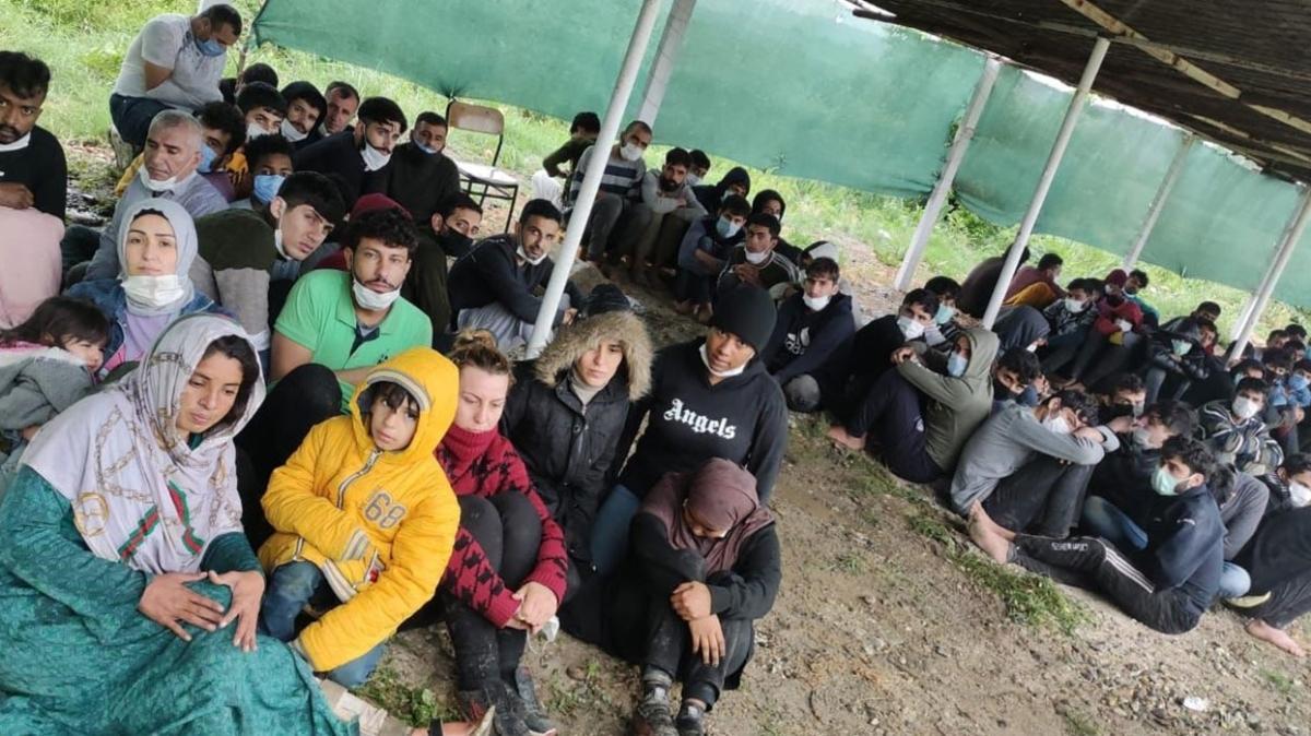 Son dakika haberi: 81 düzensiz göçmen Yunan zulmünden kurtarıldı