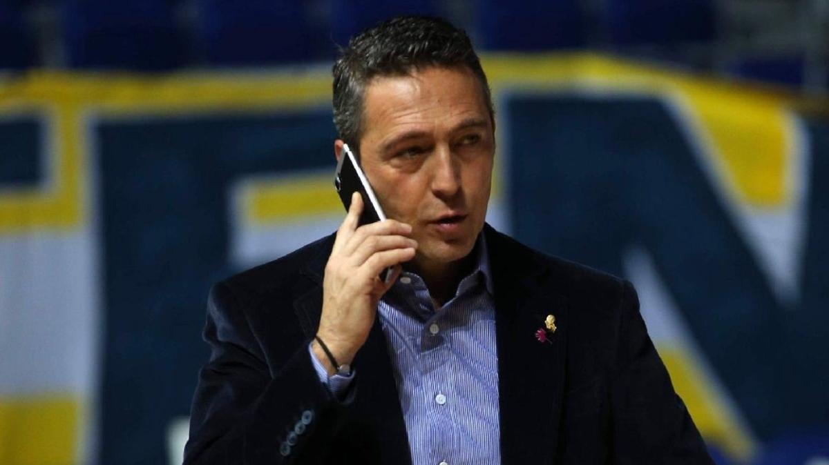 Fenerbahçe yönetiminden Jose Sosa'ya sürpriz telefon: Tatili bırak, hemen gel