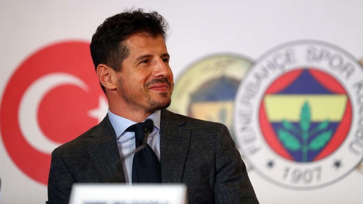 Fenerbahçe'de futbolcuların gönlü Belözoğlu'ndan yana