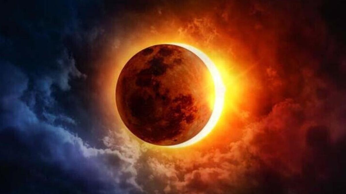 Ay tutulması gerçekleşti! 26 Mayıs Kanlı ay tutulması Türkiye'den işte böyle görüntülendi