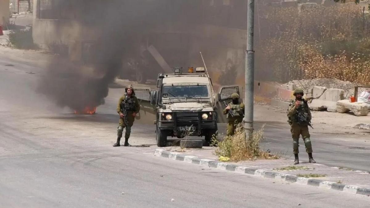 İşgalci İsrail Filistin Kızılayına saldırdı