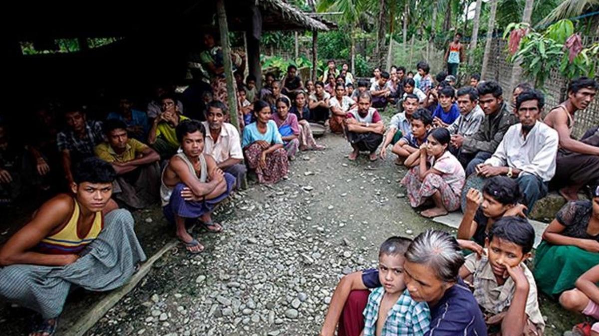 Myanmar'da okullar boş kaldı
