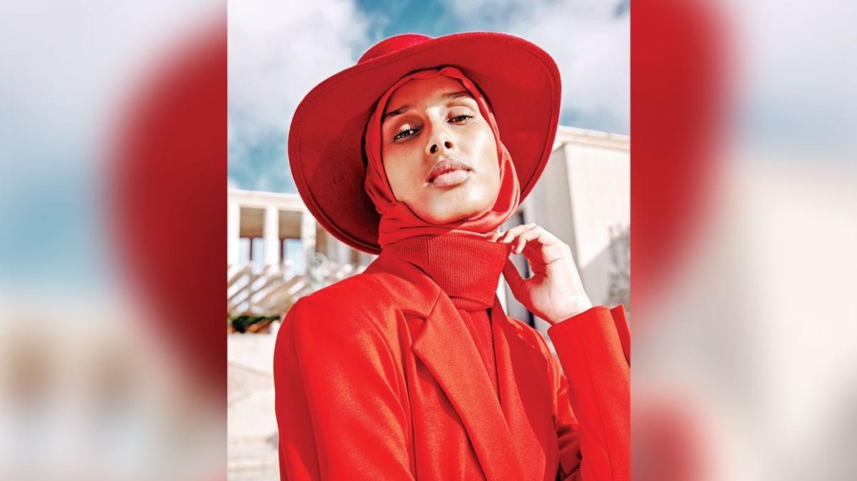 Vogue'a başörtülü moda editörü Rawdah Mohamed
