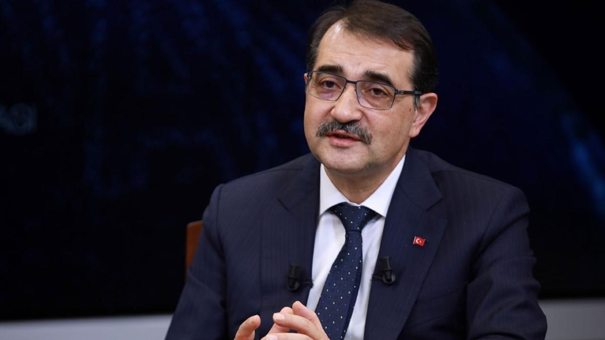 Bakan Dönmez'den keşfedilen 3 petrol kuyusu hakkında açıklama