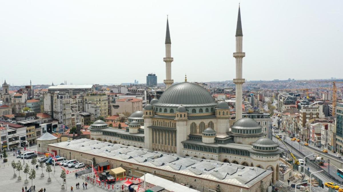 """Taksim Camii mimarisi nasıl"""" Taksim Camii bugün açıldı!"""