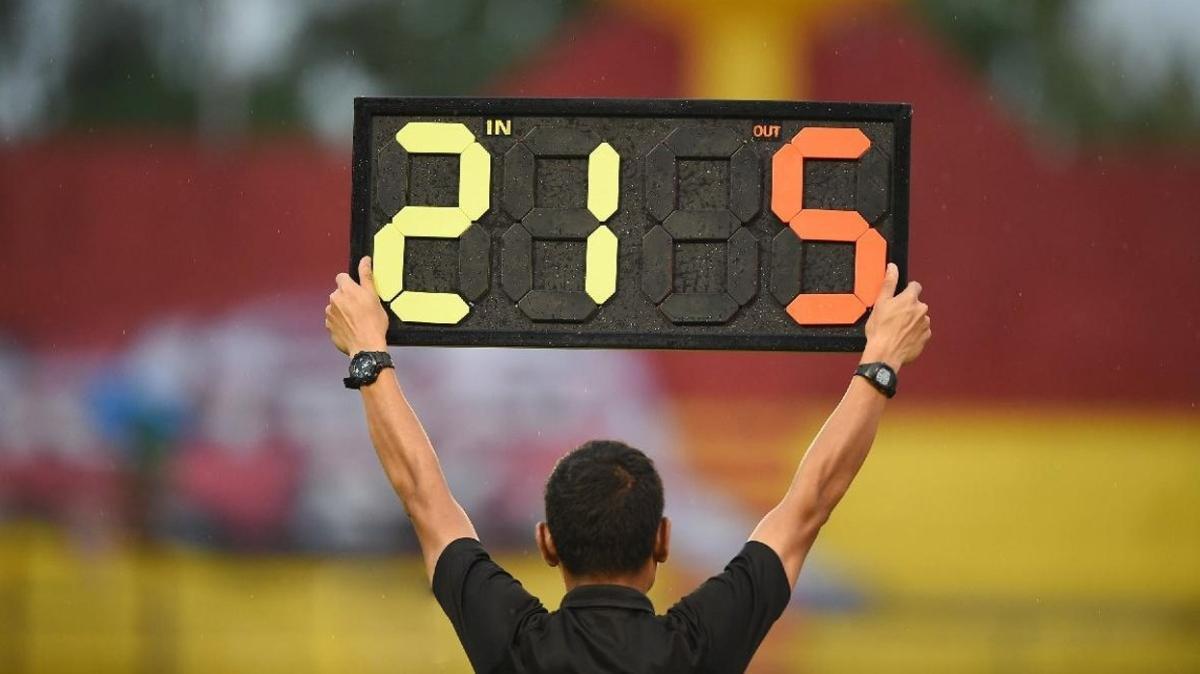 Beş oyuncu değişikliği kuralı 2022 yılının sonuna kadar uzatıldı