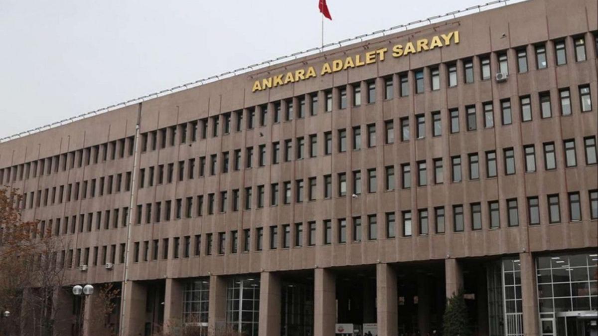 FETÖ soruşturmasında sınav sorularını dağıtılmasına aracılık eden 22 şüpheliye gözaltı kararı