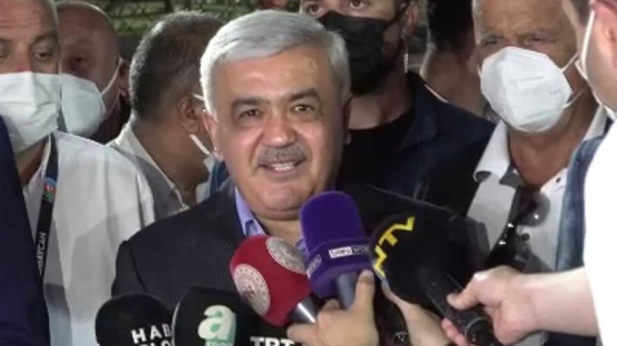 Rövneg Abdullayev: 'Türkiye'nin zaferlerini seyredeceğiz'