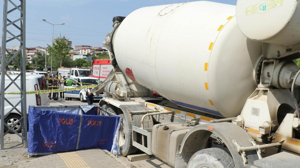 Tamir için beton mikserin altına giren sürücü aracın hareket etmesiyle hayatını kaybetti