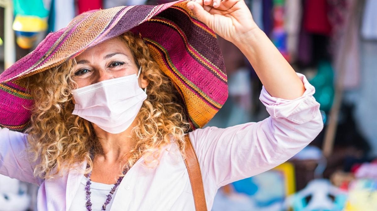 Uzmanlar uyardı: Maskeler güneşe karşı cildi korumuyor
