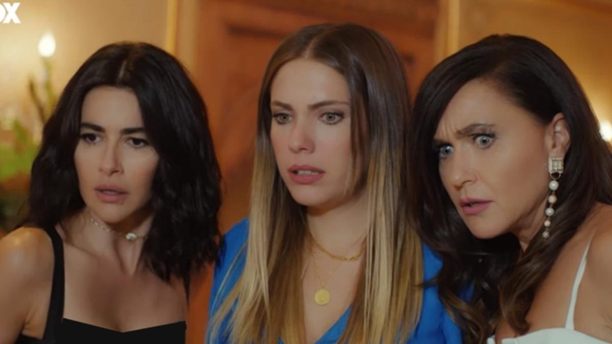Yasak Elma oyuncuları tatilde! Eda Ece ve Nesrin Cavadzade'den samimi pozlar