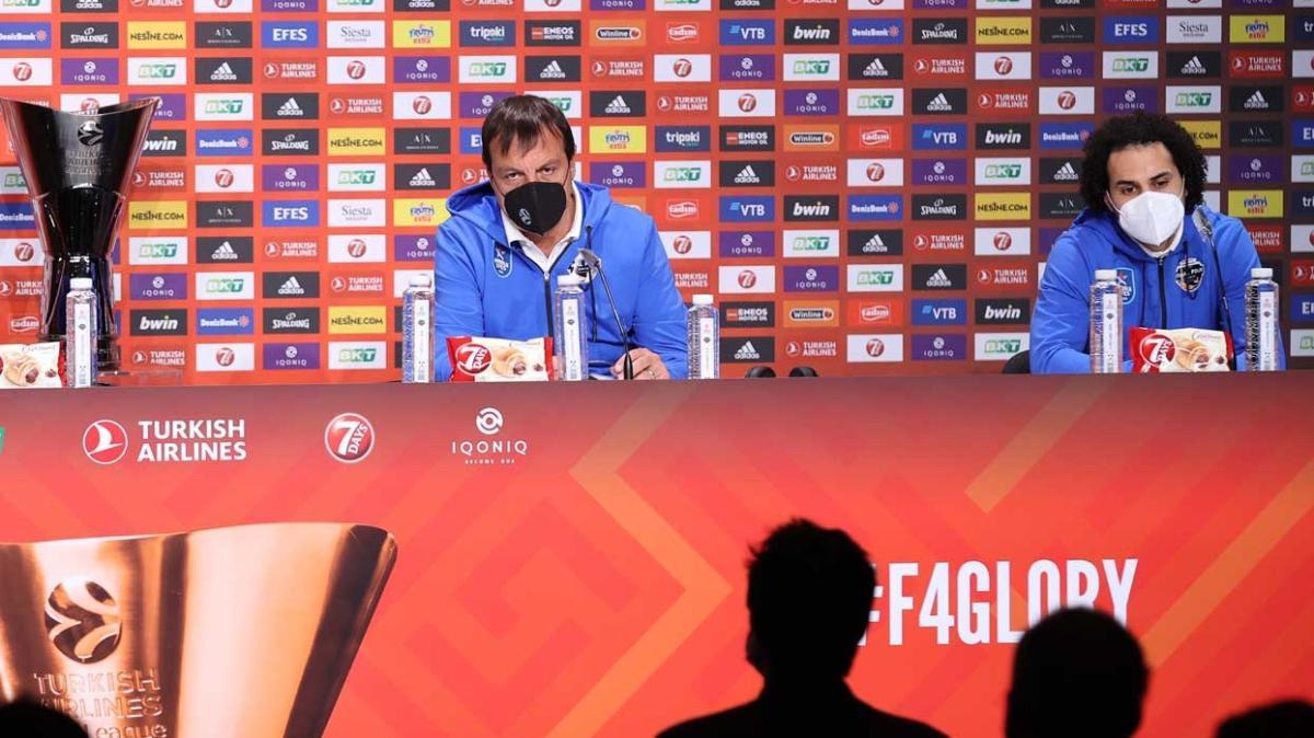 Ergin Ataman Larkin'e sahip çıktı: 'Bize şampiyonluğu kazandıracak'