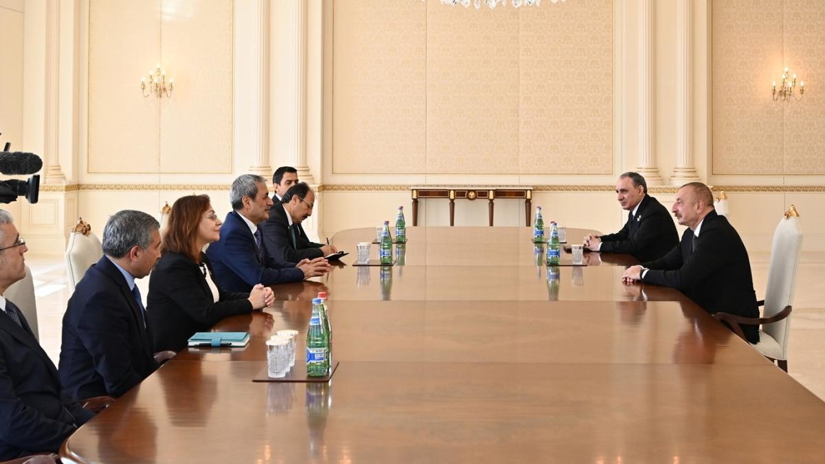 Azerbaycan'da önemli görüşme