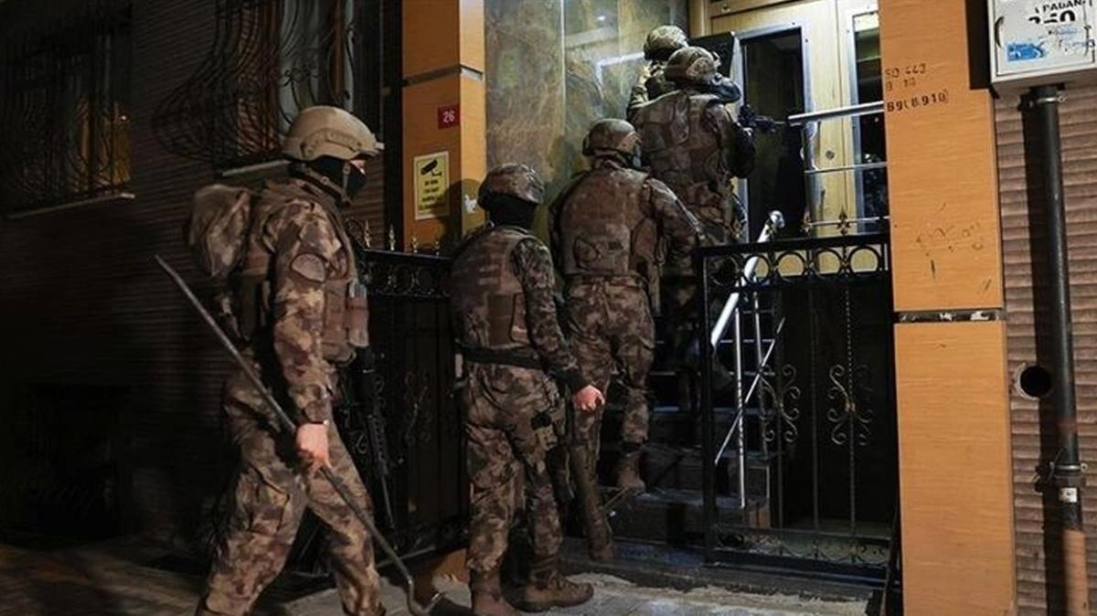Organize suç örgütü elebaşı Sedat Peker ve adamlarına operasyon: 1 kişi tutuklandı