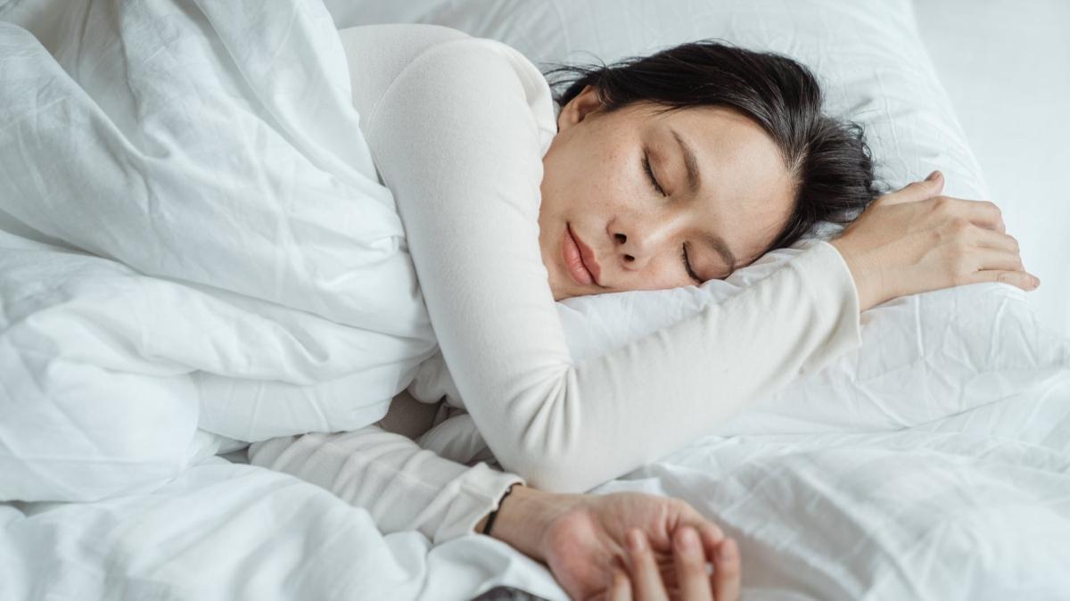 Bilim adamları araştırdı! Günde 6-7 saat uyku kalbi koruyor