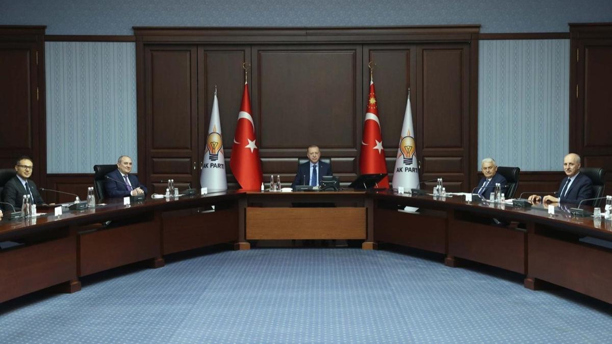 Başkan Erdoğan Yeni Azerbaycan Partisi Genel Başkanvekili Tahir Budaqov ile görüşüyor