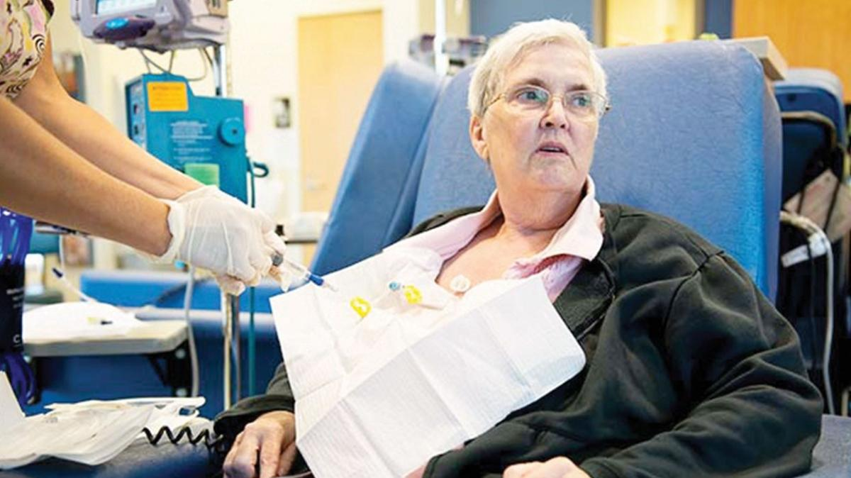 'Kanser hastalarına aşıyı öneriyoruz'