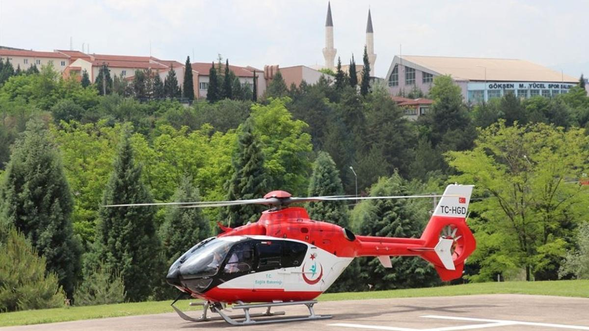 İzmir'de ambulans helikopter yeni doğan için havalandı