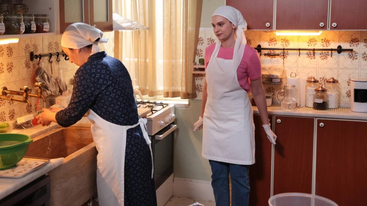 Farah Zeynep Abdullah ve Birsen Altuntaş arasında garip diyalog!