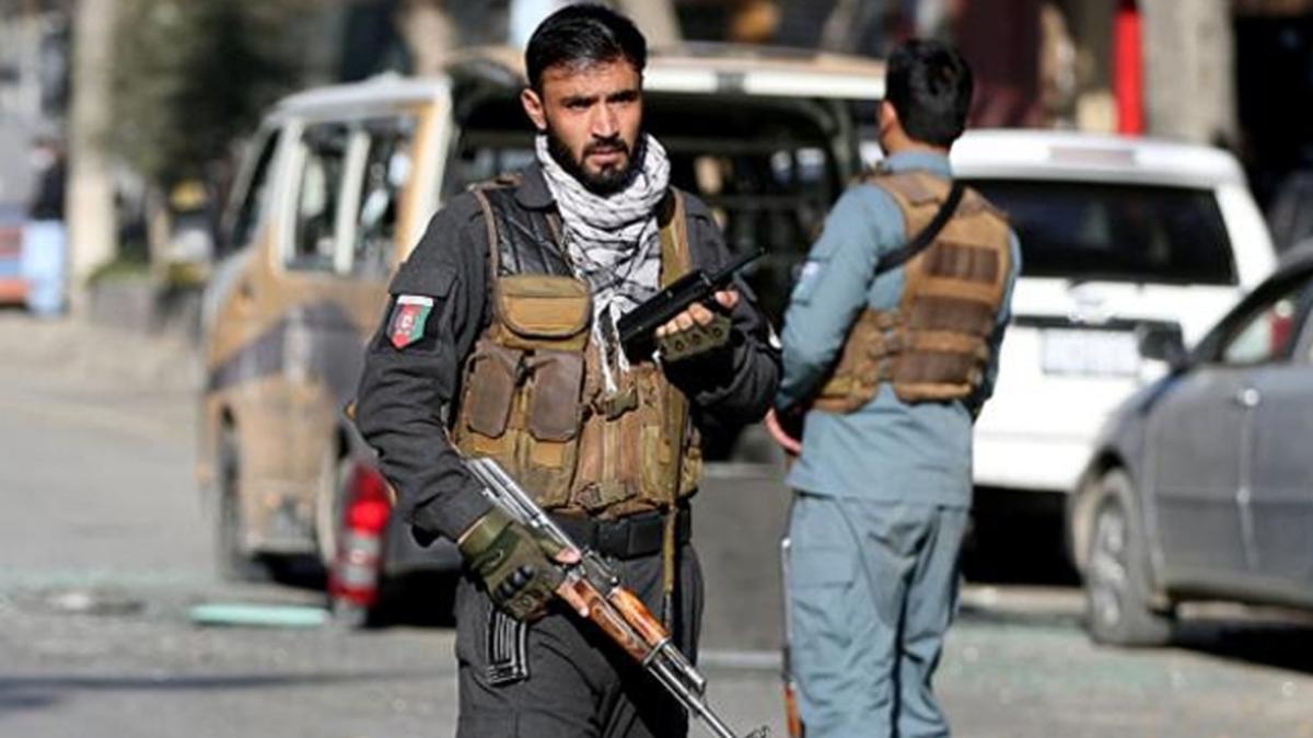 Afganistan'da bombalı saldırı: 11 kişi hayatını kaybetti