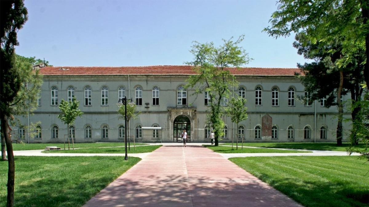 Yıldız Teknik Üniversitesi 14 öğretim görevlisi alıyor!