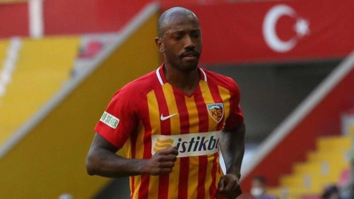 Kayserispor'da Fernandes'in geleceği belirsizliğini koruyor